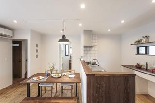 豊橋市向草間町のシンプルモダンなキッチンの写真